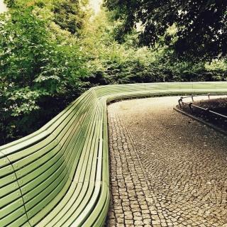 #Berlin #ig_berlin #igersberlin #instaberlin #ig_berlincity #igers_berlin #berlineransichten #visit_berlin #berlinstagram #minimal #minimalist #minimalism_world #minimalmood #mindtheminimal #minimalism_world #rsa_minimal #streetphotography #diewocheaufinstagram #huntgram #huntgramgermany #mobilemag #outofthephone #lines
