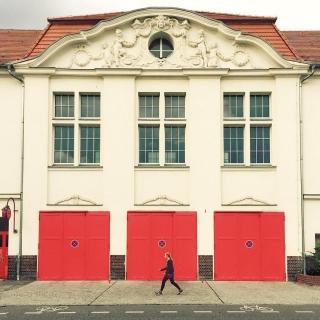 #Berlin #ig_berlin #igers_berlin #igersgermany #ig_europe #ig_berlincity #visit_berlin #instaberlin #berlinstagram #berlineransichten #huntgramgermany #huntgram #nothingisordinary #diewocheaufinstagram #facade #facades #worldfacades #feuerwehr #feuerwache #red #architecture #streetphotography #rsa_minimal #mindtheminimal #mobilemag #outofthephone